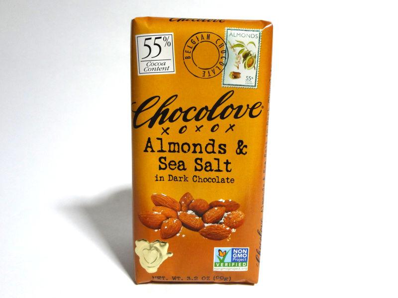 Chocolove アーモンド&シーソルトのパッケージ