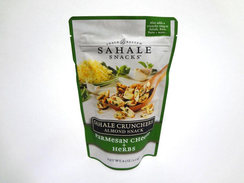 SAHALE CRUNCHERS パルメザンチーズ + ハーブのパッケージ