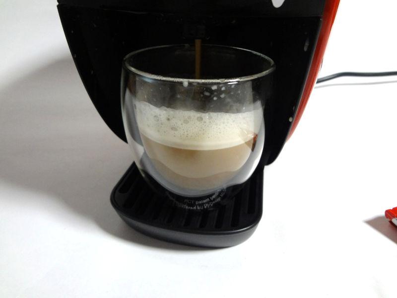 コーヒー液を抽出中